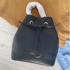 Furla kabelka čierna / zlatá